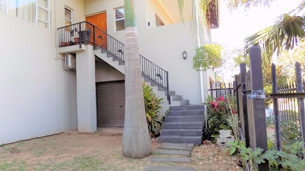10 Doreen, Glenashley, Durban North - ZAF (photo 2)