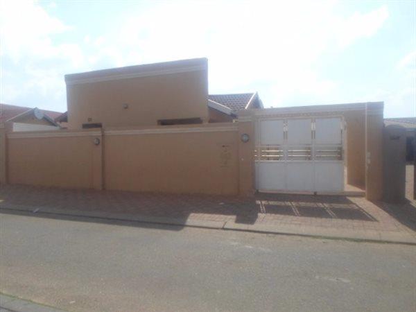 Soweto - ZAF (photo 1)