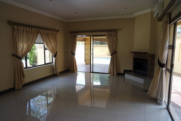 Kyalami Estates, Midrand - ZAF (photo 5)