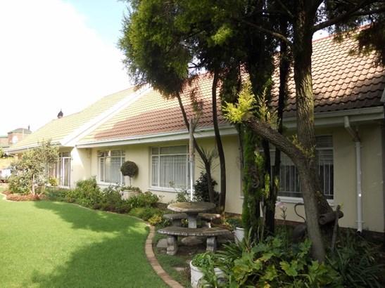 12 Stellenberg, Beyerspark, Boksburg - ZAF (photo 2)