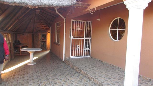 Eldorado Park, Soweto - ZAF (photo 1)