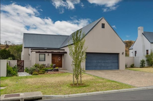 40 Dawn Crescent, De Wijnlanden, Stellenbosch - ZAF (photo 1)