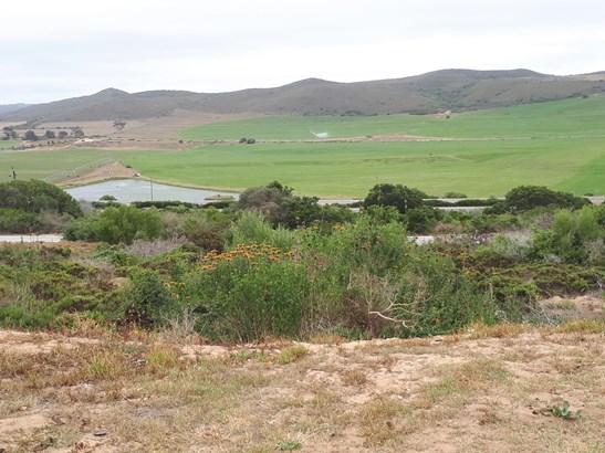 Reebok, Mossel Bay - ZAF (photo 1)