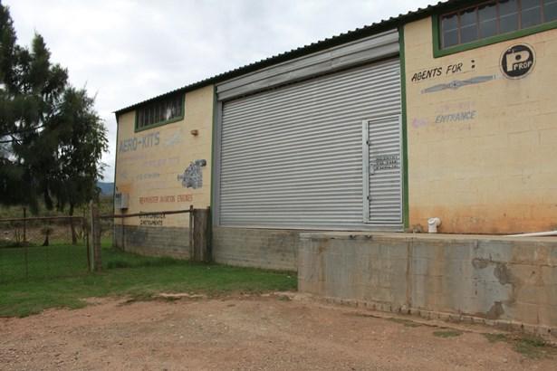 1075 Industrial, Barrydale - ZAF (photo 1)
