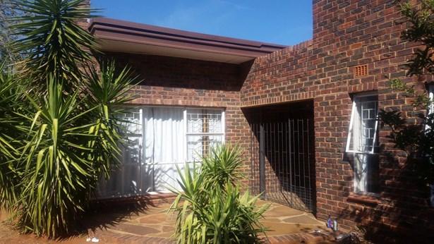 Carters Glen, Kimberley - ZAF (photo 1)