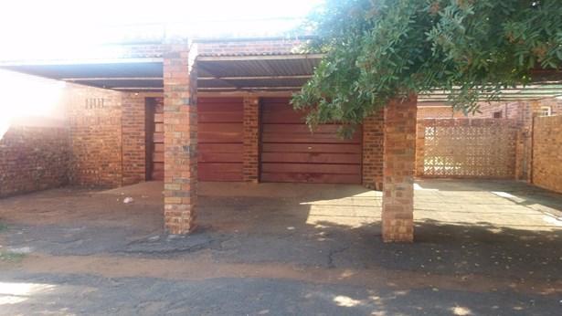 Carters Glen, Kimberley - ZAF (photo 3)