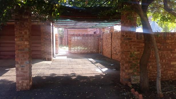 Carters Glen, Kimberley - ZAF (photo 4)