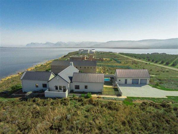 Benguela Cove Lagoon Wine Estate, Hermanus - ZAF (photo 1)