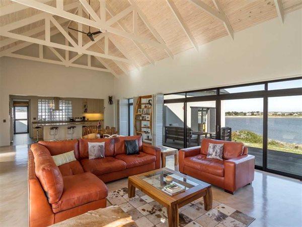 Benguela Cove Lagoon Wine Estate, Hermanus - ZAF (photo 3)