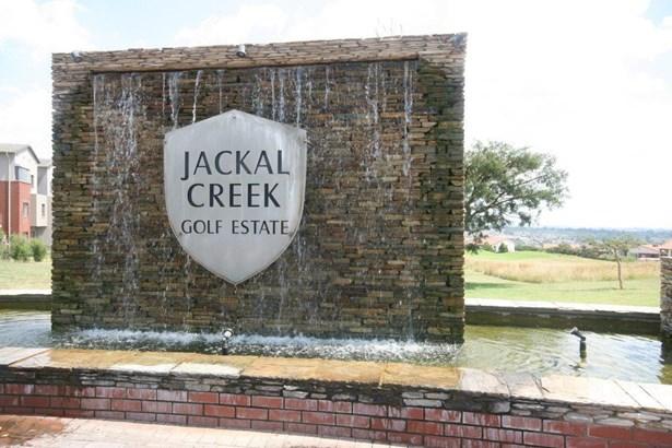 Jackal Creek Golf Estate, Roodepoort - ZAF (photo 2)