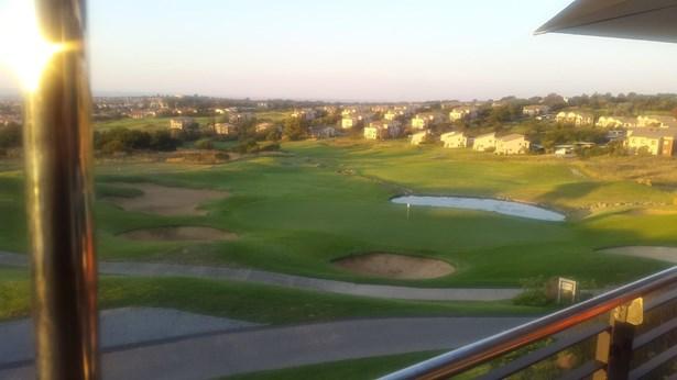 Jackal Creek Golf Estate, Roodepoort - ZAF (photo 4)