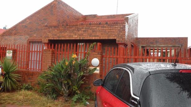 Lenasia South, Johannesburg - ZAF (photo 1)
