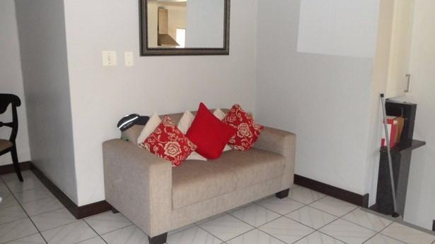151 Sterre, Eldorado Estate, Soweto - ZAF (photo 3)