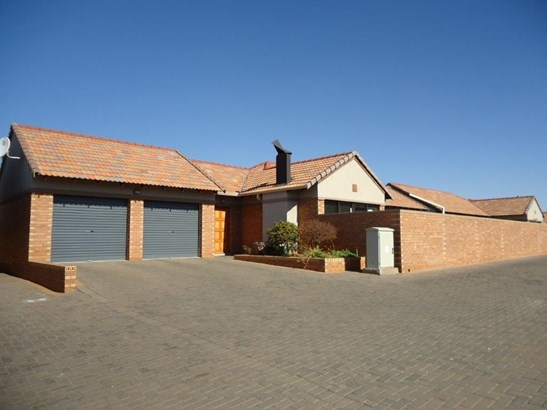 Shellyvale, Bloemfontein - ZAF (photo 1)