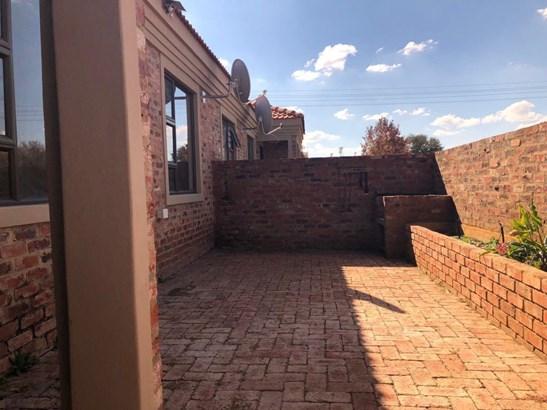 Potchefstroom Central, Potchefstroom - ZAF (photo 1)