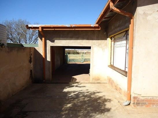 Uitsig, Bloemfontein - ZAF (photo 2)