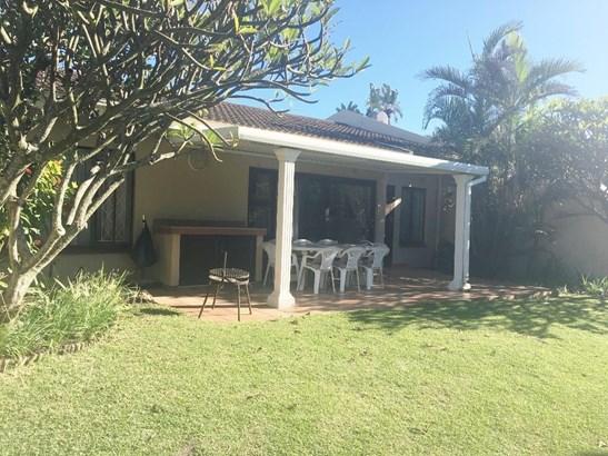 26 Mtunzi Park, Scottburgh - ZAF (photo 2)