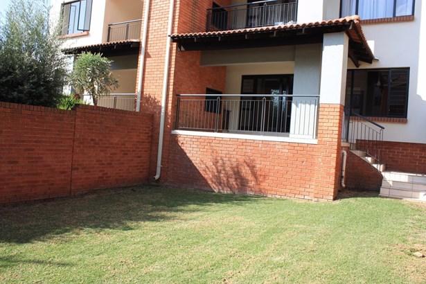 Acacia, Greenstone Hill - ZAF (photo 1)
