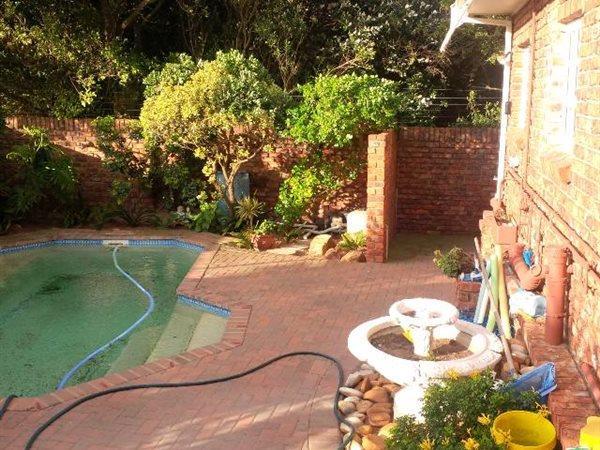 3 Settlers Steps, Bluewater Bay, Port Elizabeth - ZAF (photo 2)