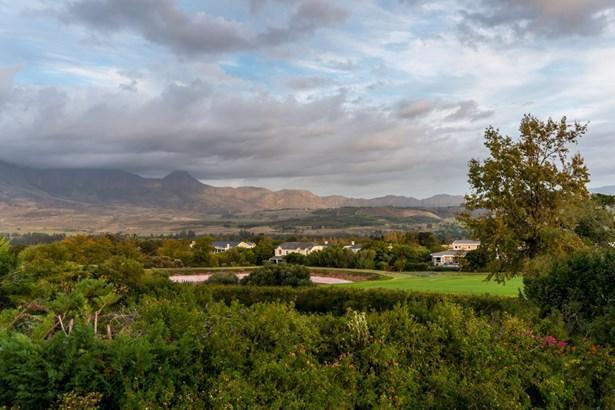 8 Peregrine, Erinvale Golf Estate, Somerset West - ZAF (photo 2)