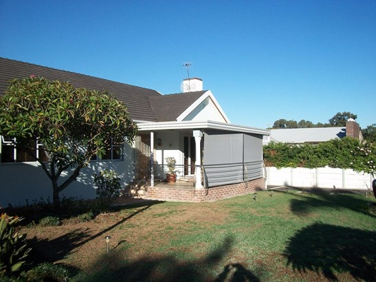 Sonnendal, Parow - ZAF (photo 2)