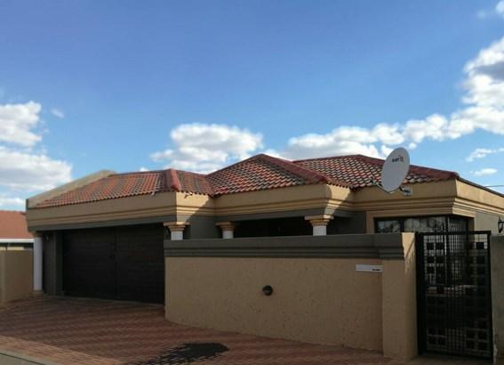 Protea Glen, Soweto - ZAF (photo 1)