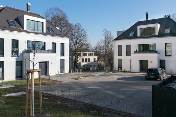 Potsdam - DEU (photo 1)