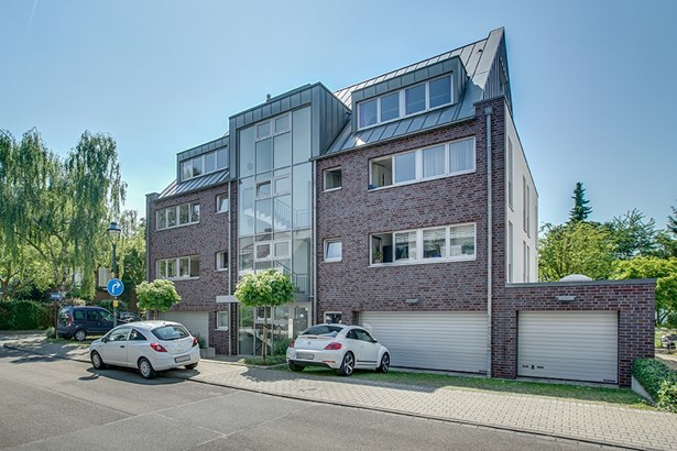 Düsseldorf - DEU (photo 2)