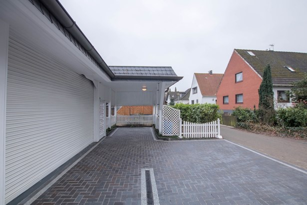 Bremen / Huchting - DEU (photo 2)