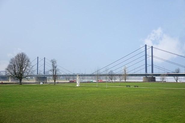 Düsseldorf - DEU (photo 1)