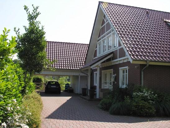 Henstedt-ulzburg - DEU (photo 2)