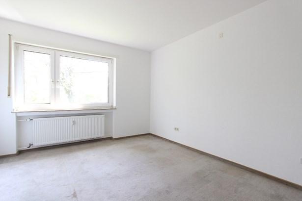 Essen - DEU (photo 2)