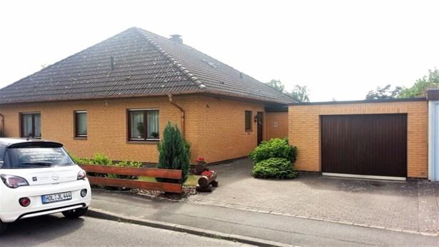 Holzminden - DEU (photo 2)