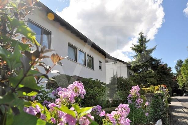 Idstein / Oberauroff - DEU (photo 3)