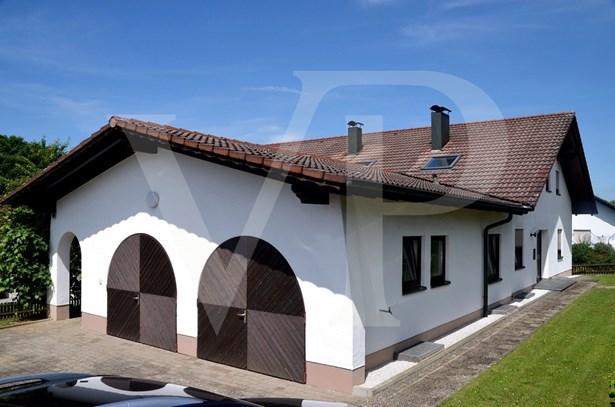 Warthausen / Oberhöfen - DEU (photo 2)