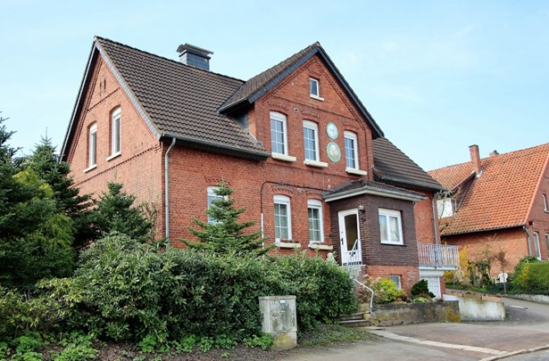 Barsinghausen - DEU (photo 1)