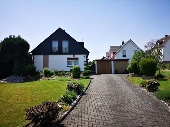 Dillenburg / Manderbach - DEU (photo 1)