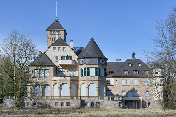 Duisburg - DEU (photo 1)