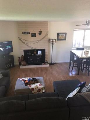 Single Family Residence, Contemporary - Fairfield, CA (photo 4)