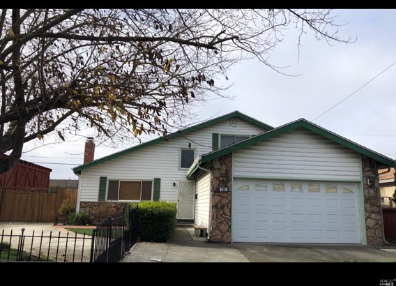 Single Family Residence, Traditional - Vallejo, CA (photo 2)