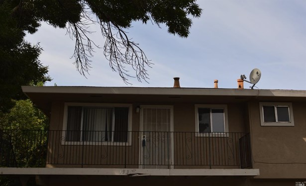 Condo/Coop, Other - Vacaville, CA (photo 2)