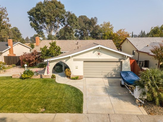 Single Family Residence, Ranch - Vacaville, CA
