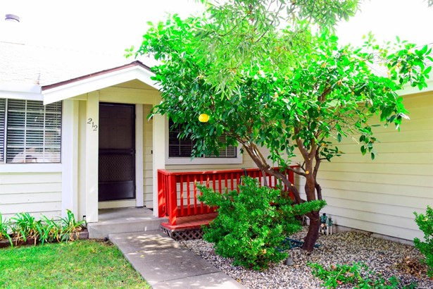 Single Family Residence, Ranch - Vacaville, CA (photo 2)