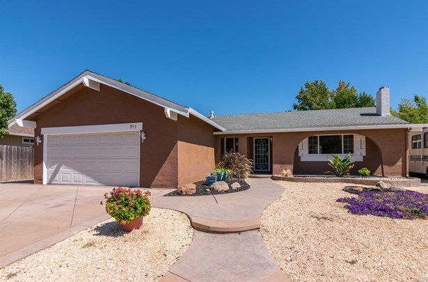 Single Family Residence, Traditional - Vacaville, CA