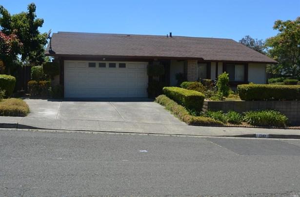 Single Family Residence, Traditional - Vallejo, CA (photo 1)