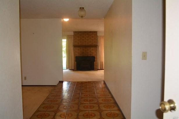 Single Family Residence, Traditional - Vallejo, CA (photo 3)