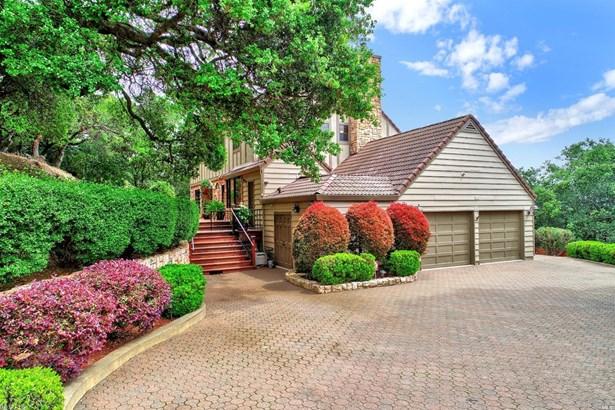 Custom,Tudor, Single Family Residence - Fairfield, CA