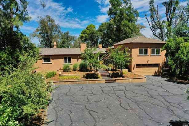 Single Family Residence, Rustic - Vacaville, CA