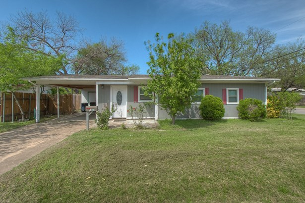 5800 Dennis Avenue, Fort Worth, TX - USA (photo 1)