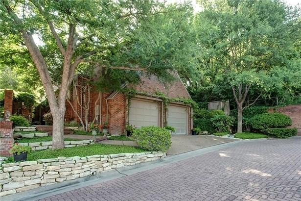 4928 Westbriar Drive, Fort Worth, TX - USA (photo 2)